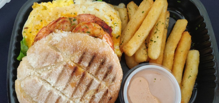 5 places to get LUNCH in Paramaribo
